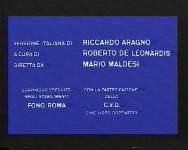 Titoli di coda di Arancia meccanica da VHS, in cui si legge Riccardo Aragno, dialoghi di Roberto De Leonardis, diretto da Mario Maldesi