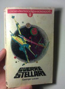 Foto della copertina del libro o novelization di Guerre stellari della Oscar Mondadori