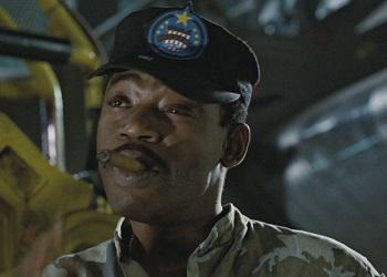 Sergente Apone da Aliens 1986