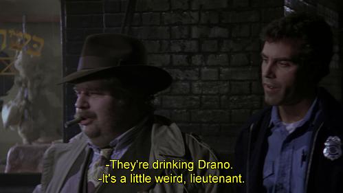 Bevono lo Sturanex. Battuta dal doppiaggio di Batman 1989