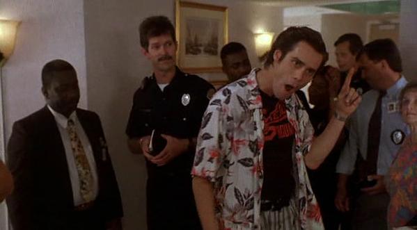 Ace Ventura che si gira per dire c'è solo un piccolo particolare