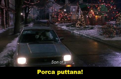 Scena del film Mamma ho perso l'aereo, Babbo Natale che dice porca puttana. In inglese la battuta era: brutto figlio di