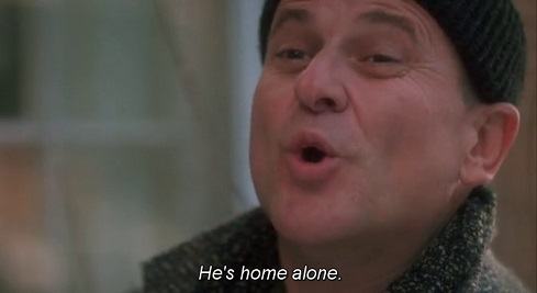 Joe Pesci che dice he's home alone