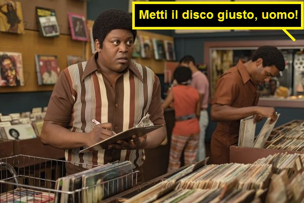 Scena del film Dolemite, negozio di dischi, qualcuno dice: metti il disco giusto, uomo!