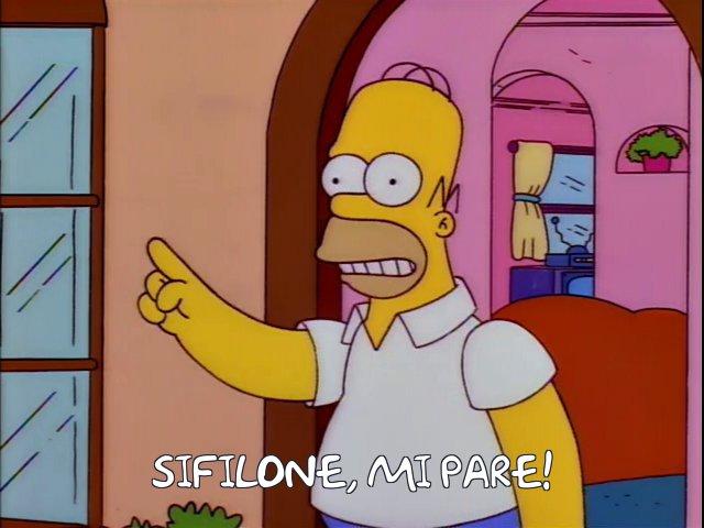 Homer Simpson che dice sifilone mi pare, invece di silicone