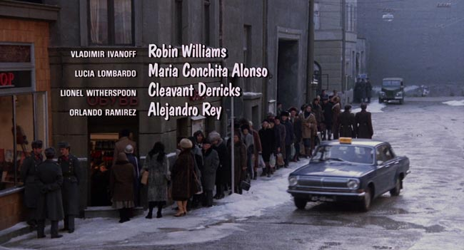 Titoli di coda del film Mosca a New York dove compare il nome Lucia Lombardo