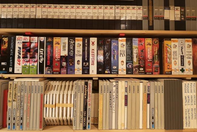 Foto del catalogo di giochi doppiati dallo Studio Florian di Bologna