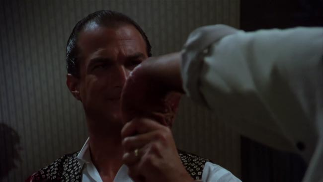 Duro da uccidere, Seagal che fa una mossa di aikido