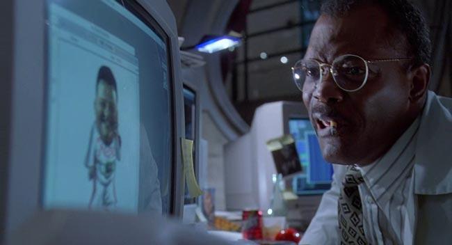 Samuel Jackson in Jurassic Park che si arrabbia al computer